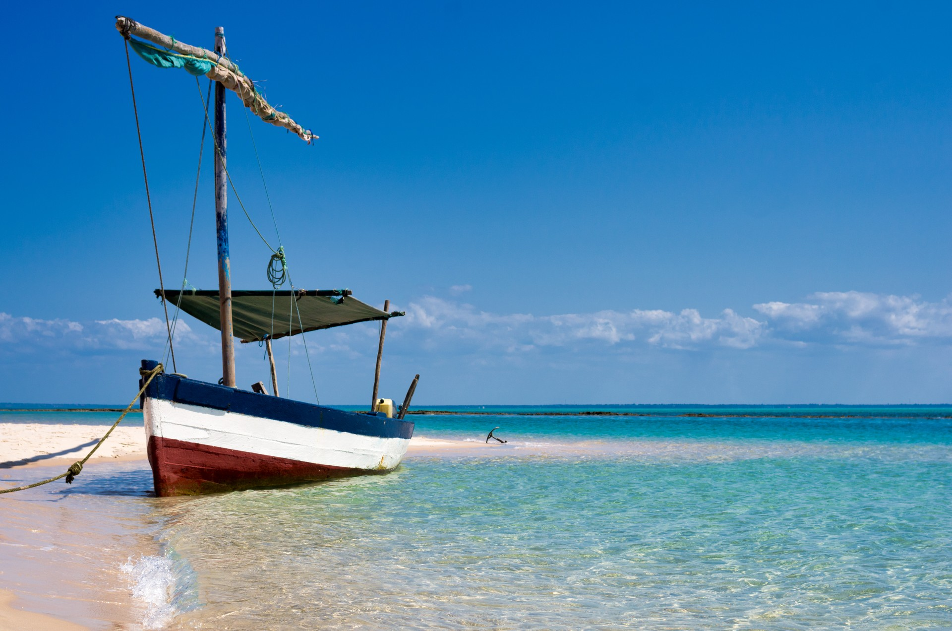 Top 10 scenic journeys: Dhow Mozambique