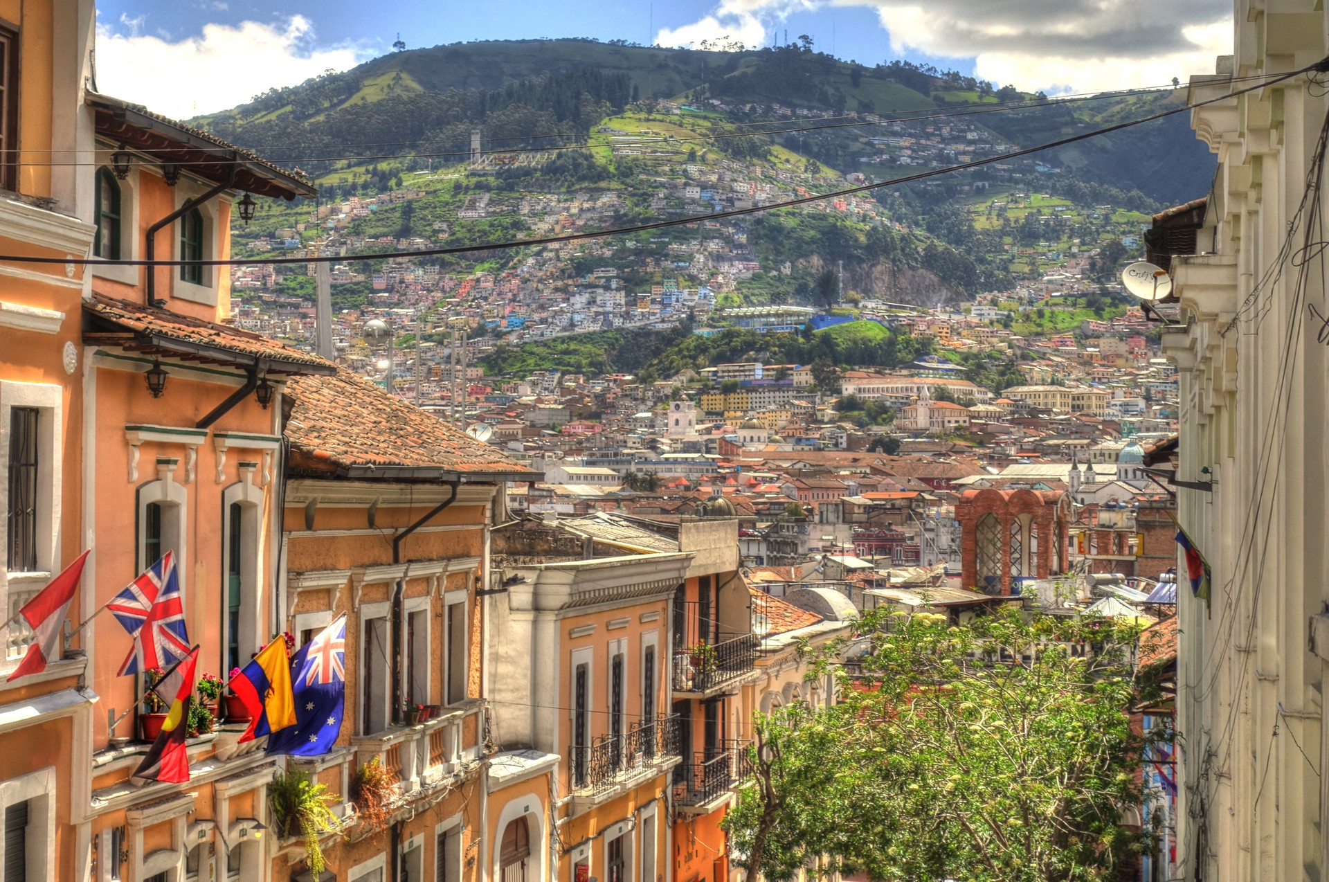 Best of both worlds: Quito