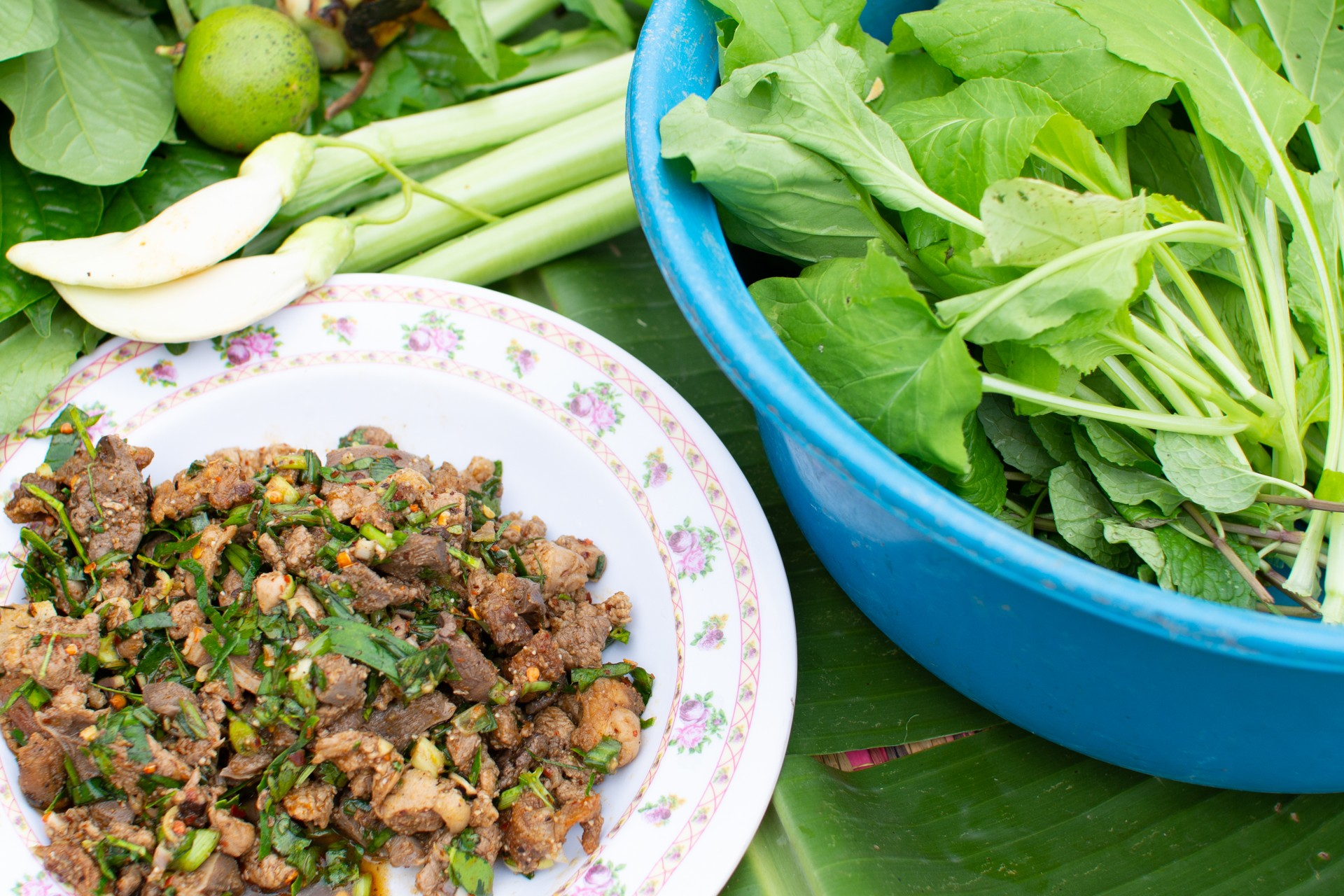 What to eat in Vientiane: Minced Duck