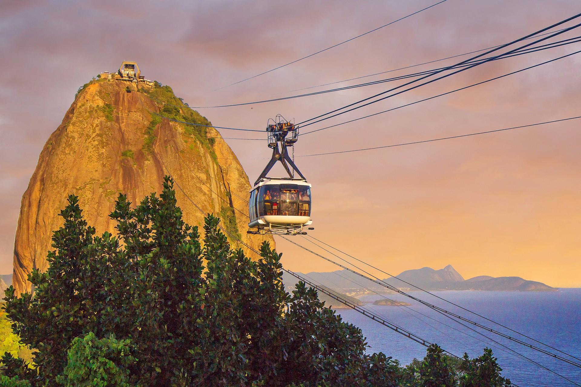 Cable car to Sugar Loaf mountain in Rio de Janeiro