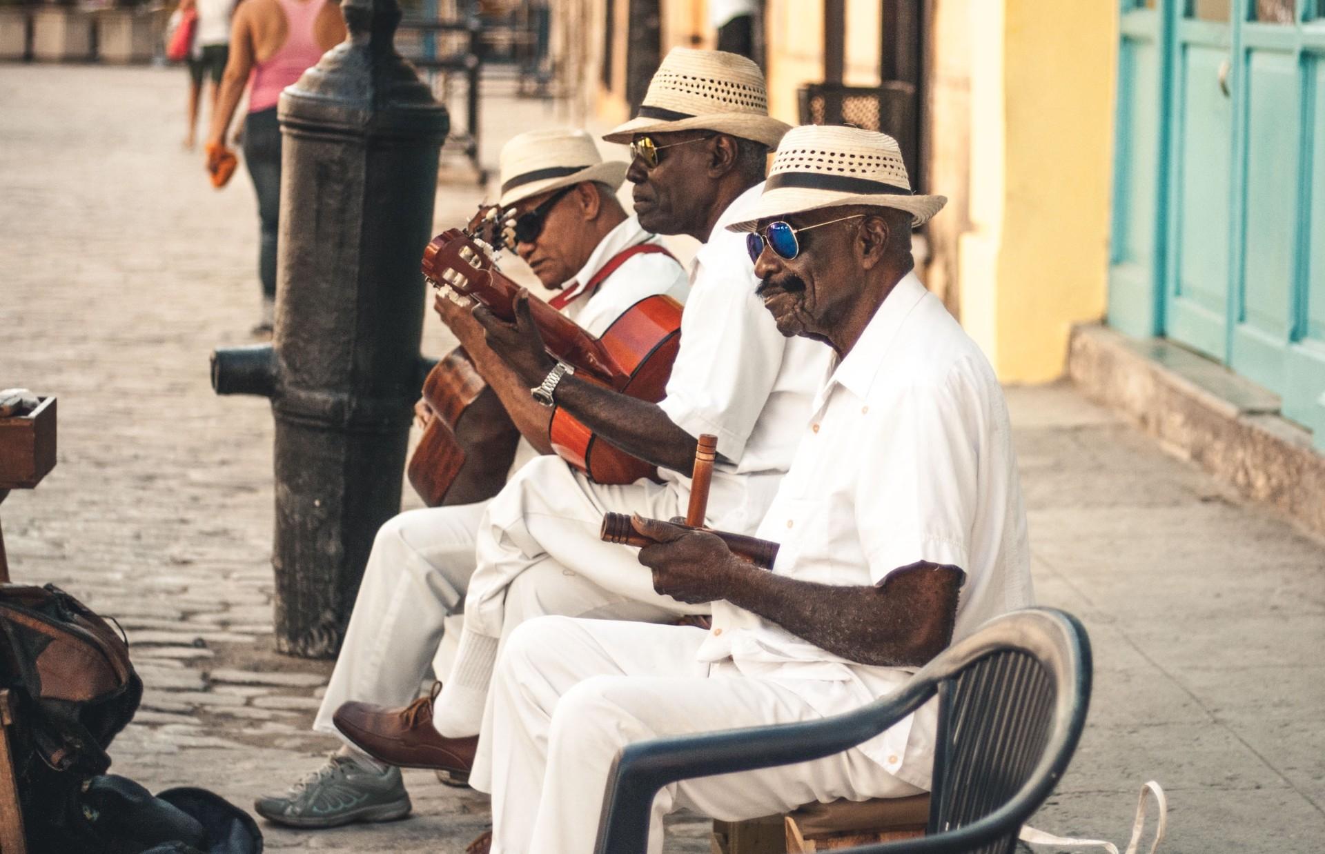 musicians in havana cuba