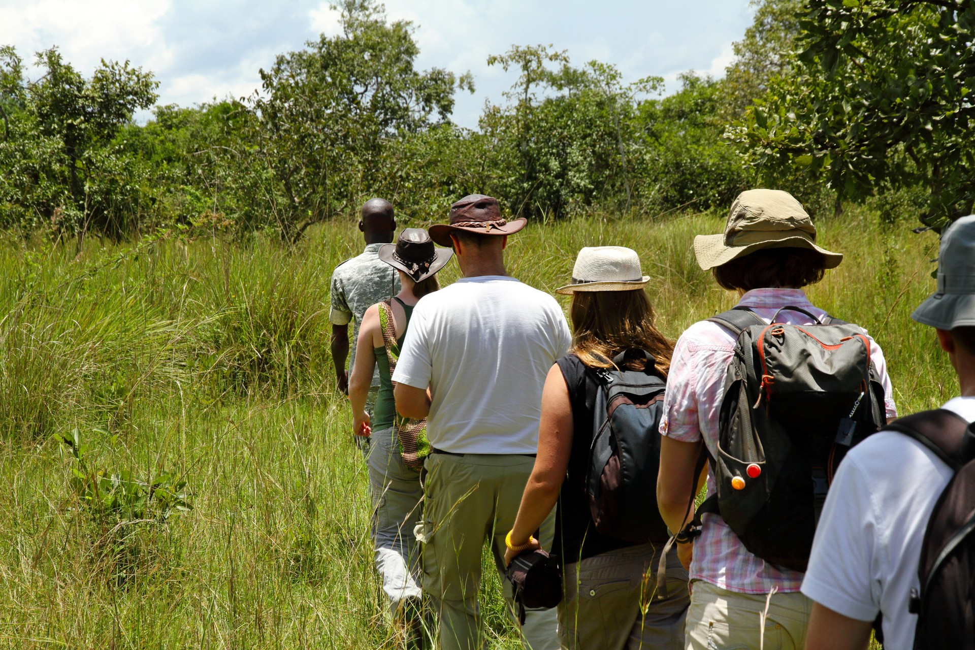 wildlife trekking in uganda
