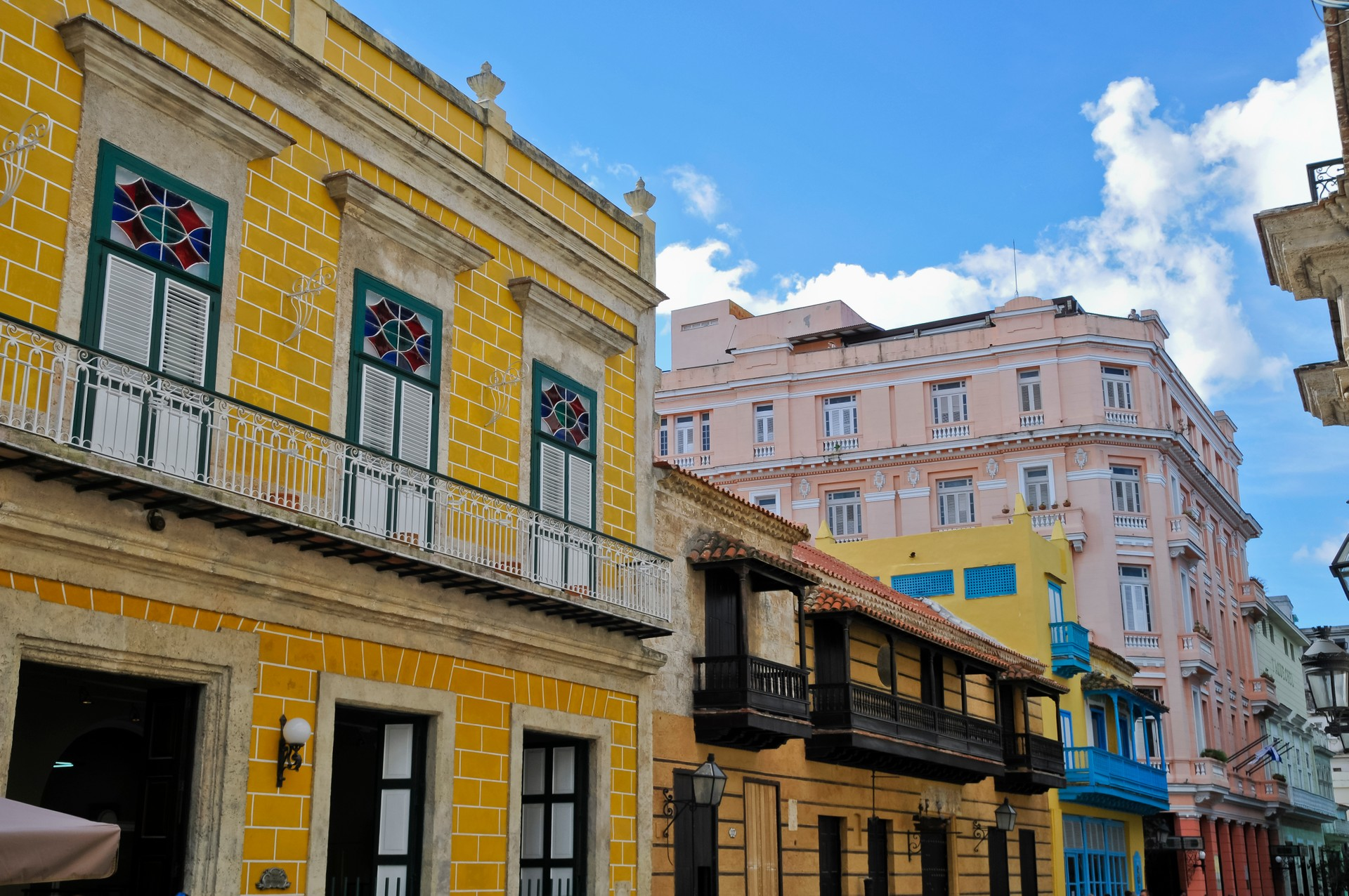 Calle Obispo Havana