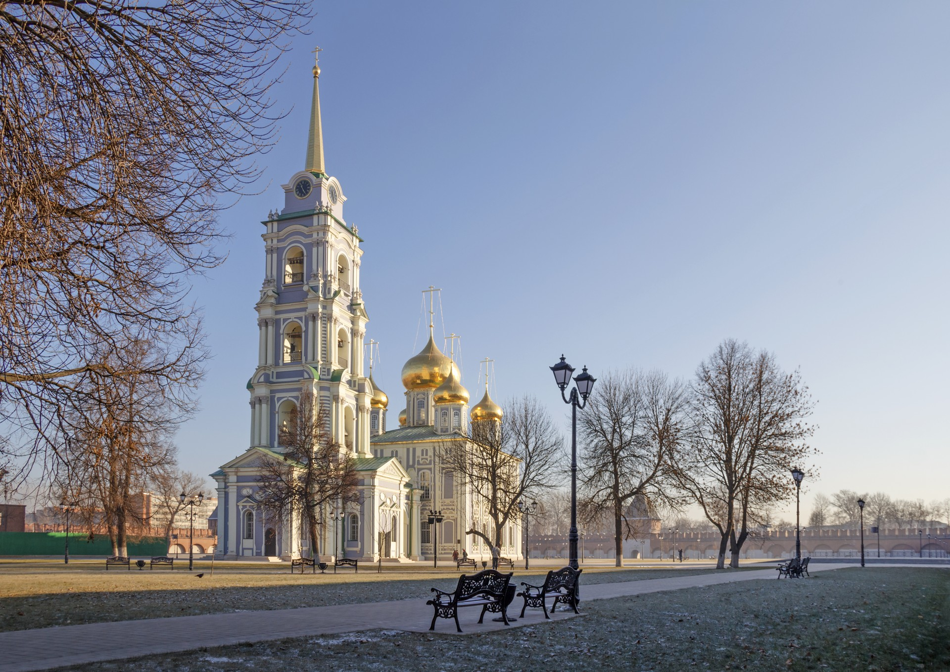 Best of both worlds: Assumption Cathedral