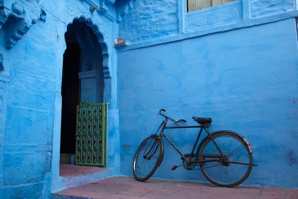 A bike in the blue city of Jodhpur, India