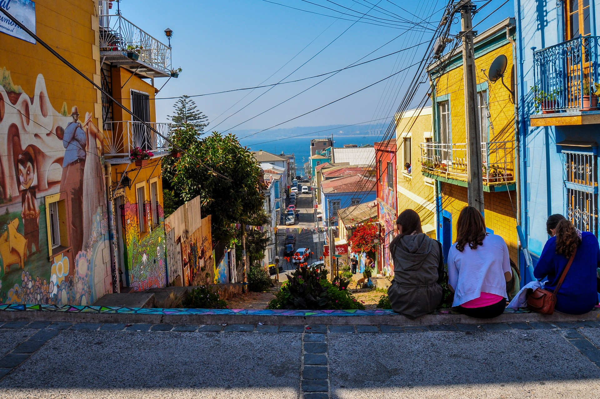 Girls looking at view in Valparaiso
