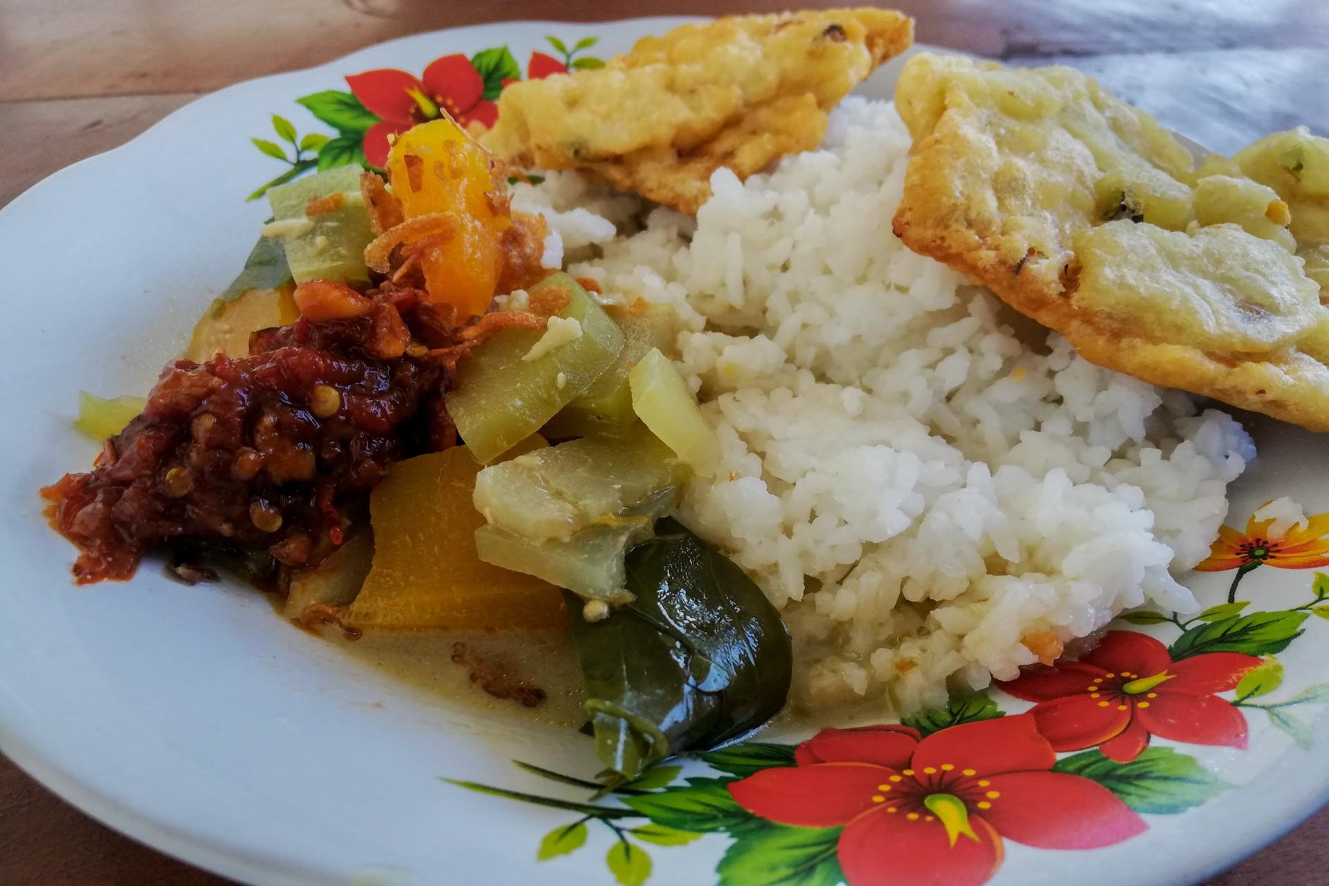 Sayr Lodeh - Indonesian vegetarian dish