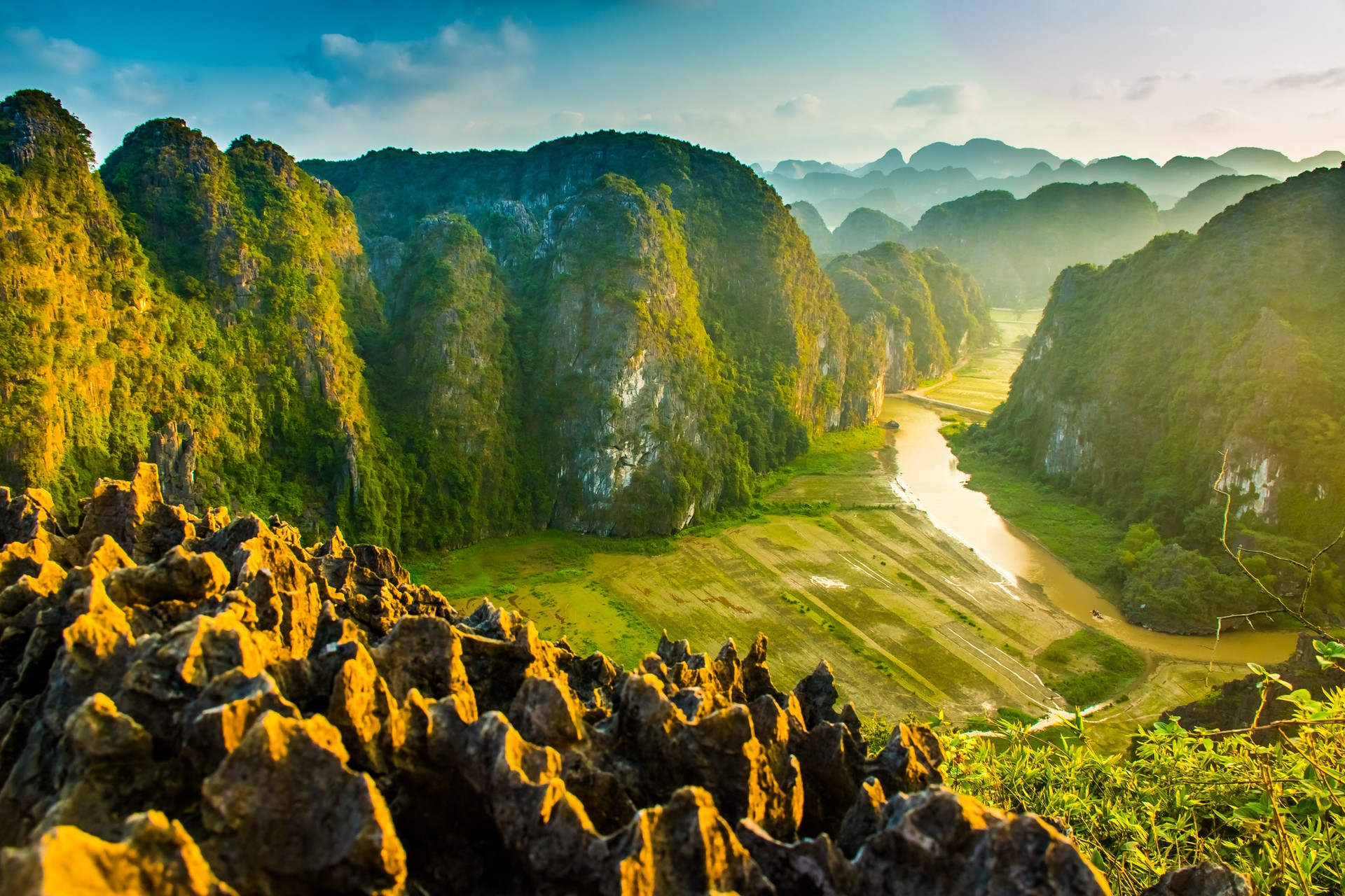 Best of both worlds: Ninh Binh