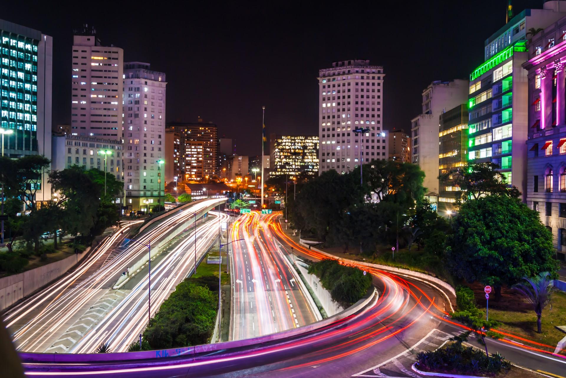 The bright lights of São Paulo at night
