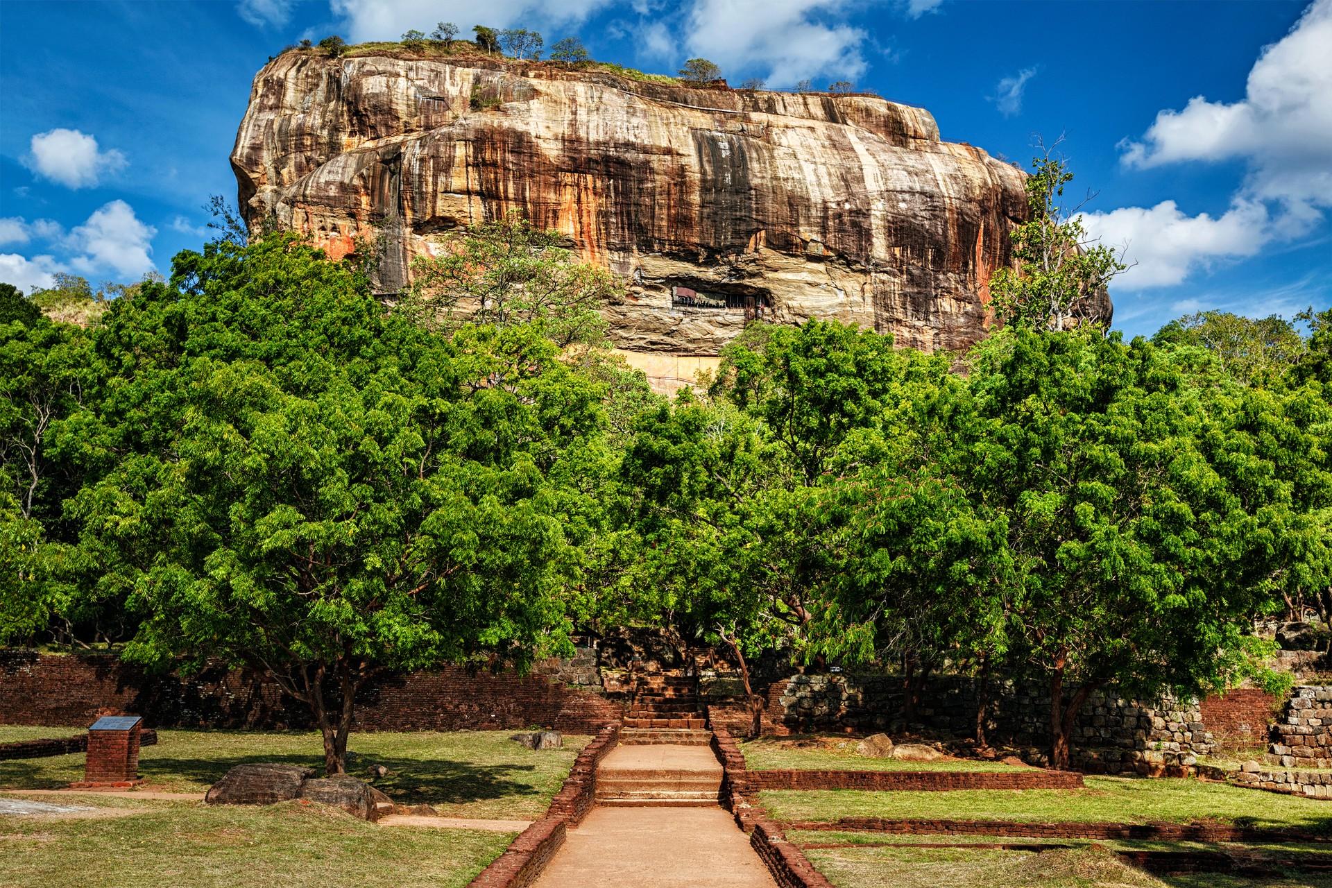 Sri Lanka holidays: Sigiriya lion rock fortress