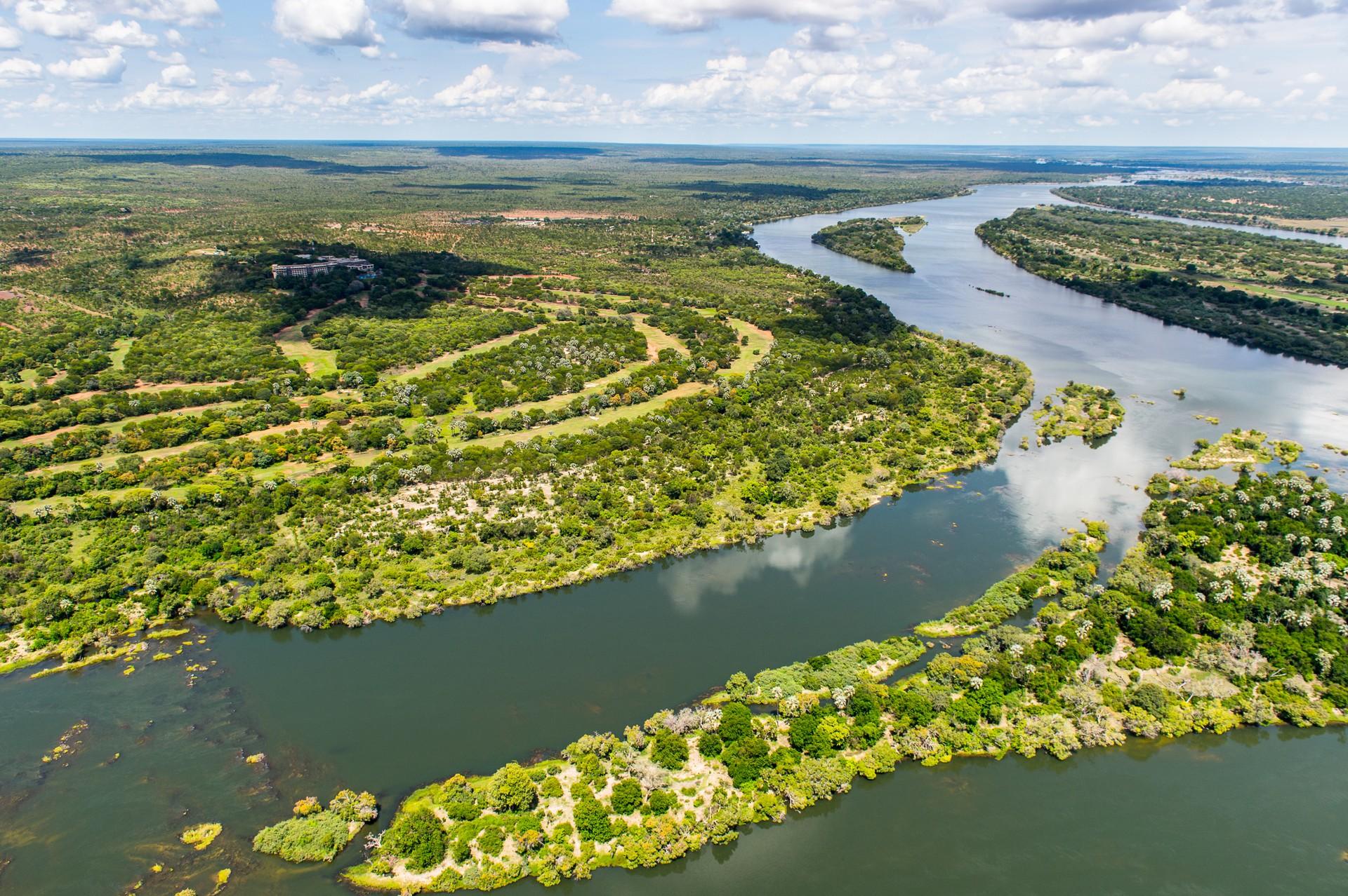 Best things to do in Zambia: Zambezi River