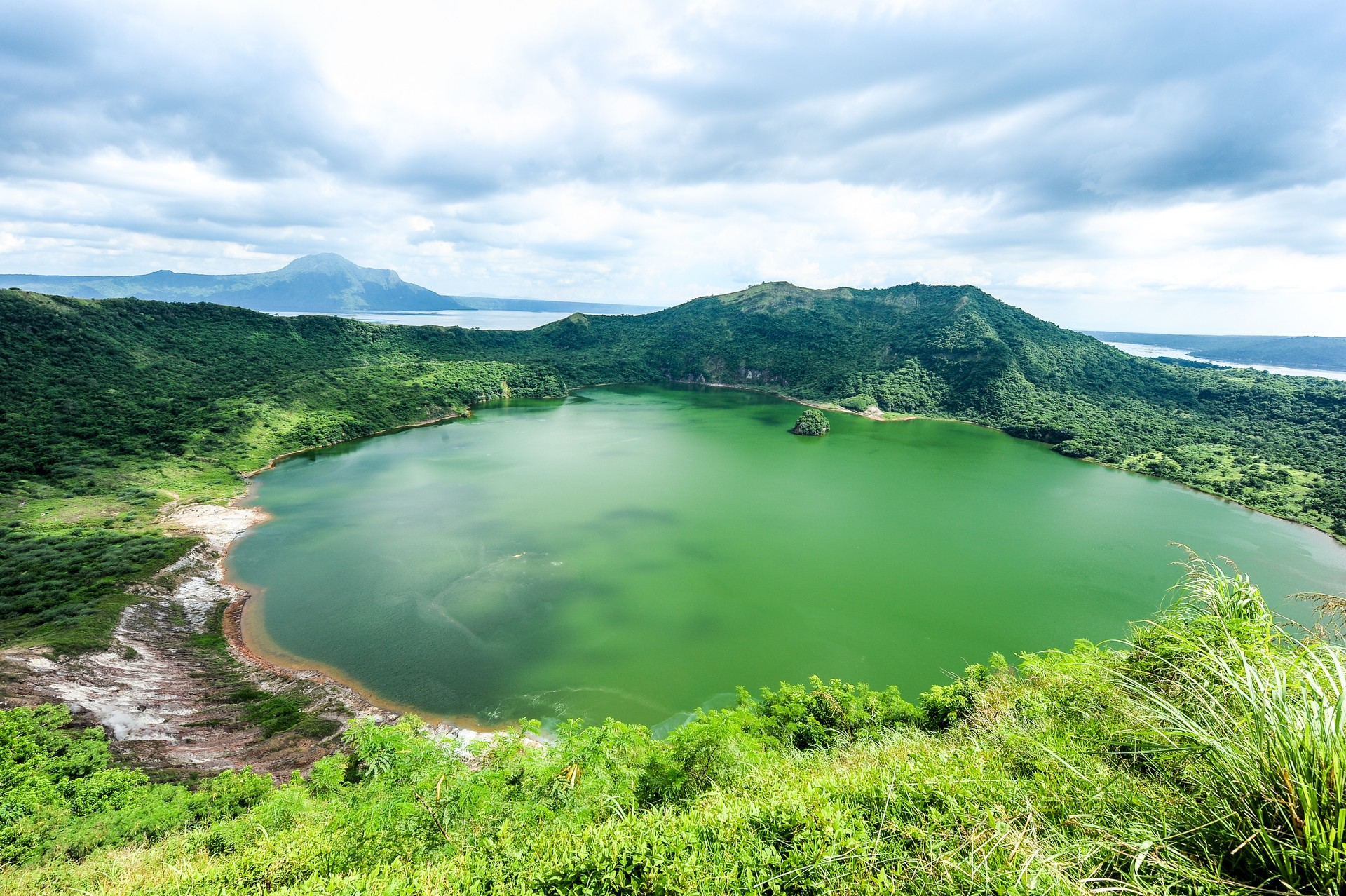 Family Phillippines: Taal Volcano Crater Lake
