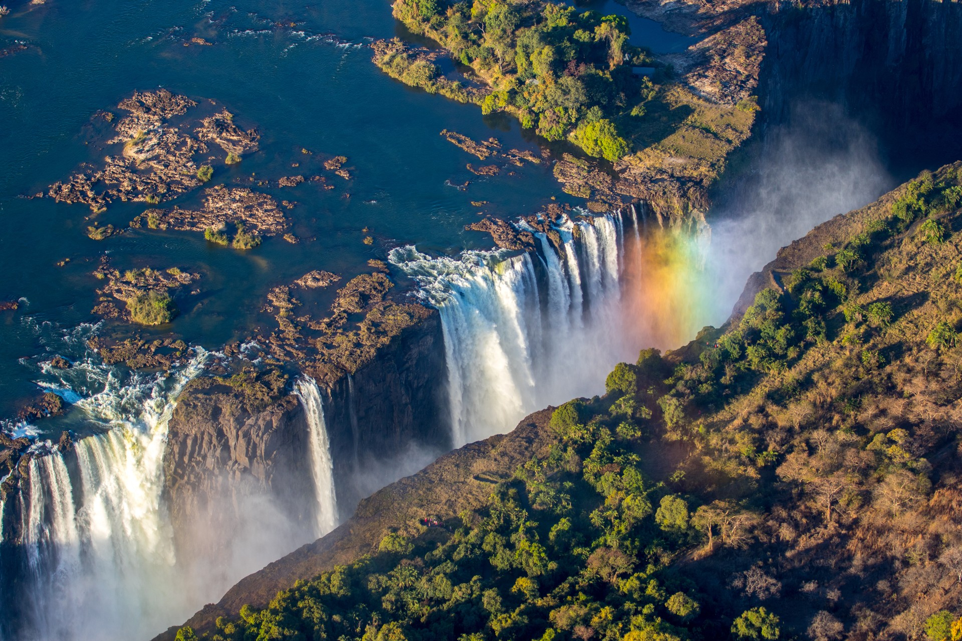 Best things to do in Zambia: Victoria Falls