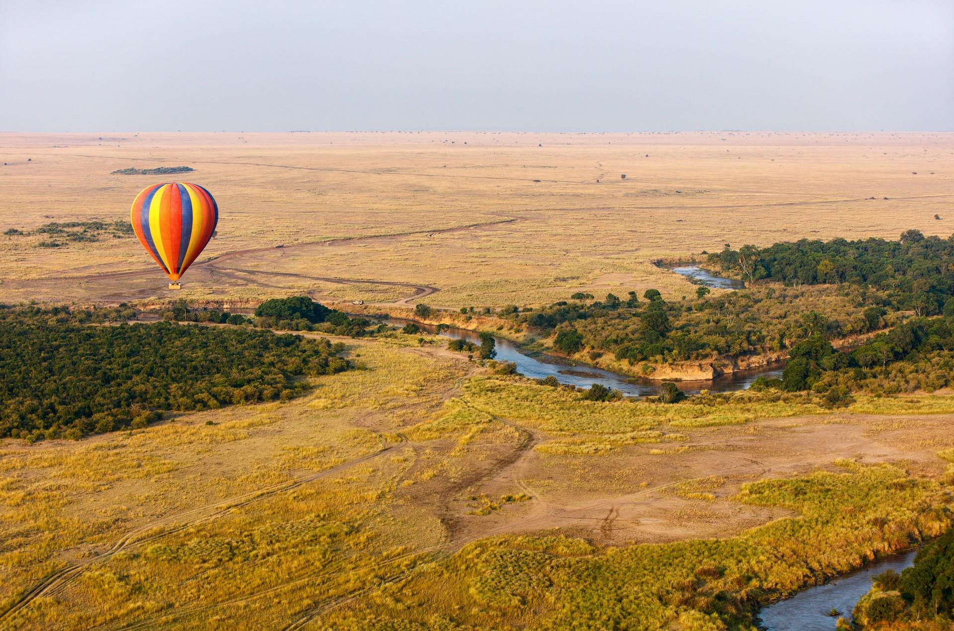 Hot air balloon over the Masai Mara, Kenya