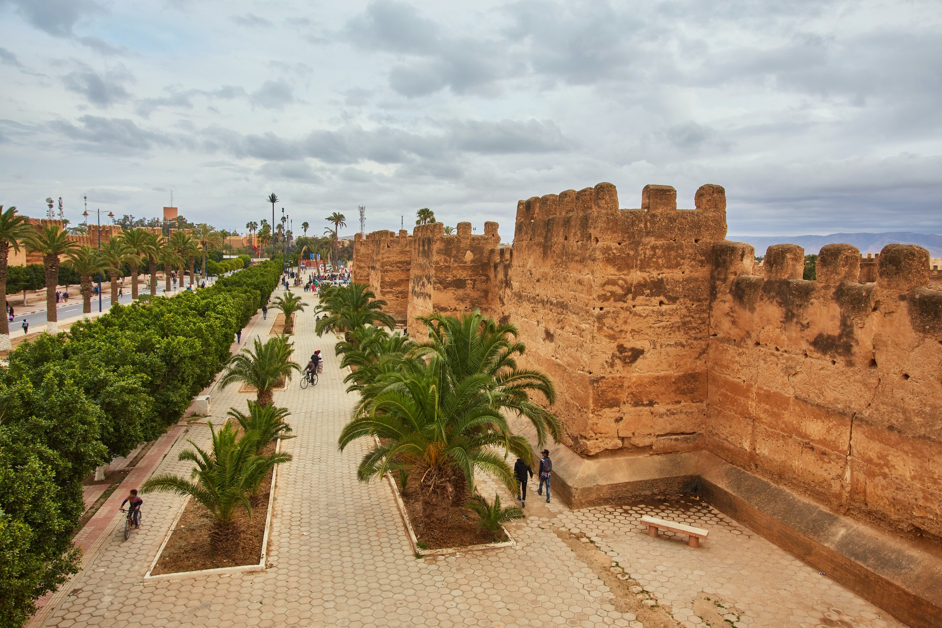 Taroudant: an alternative to Marrakech: Place al Alaouyine