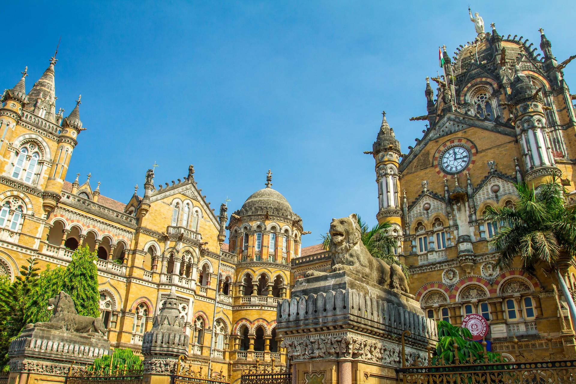 Shantaram is set in 1980s Bombay, now called Mumbai
