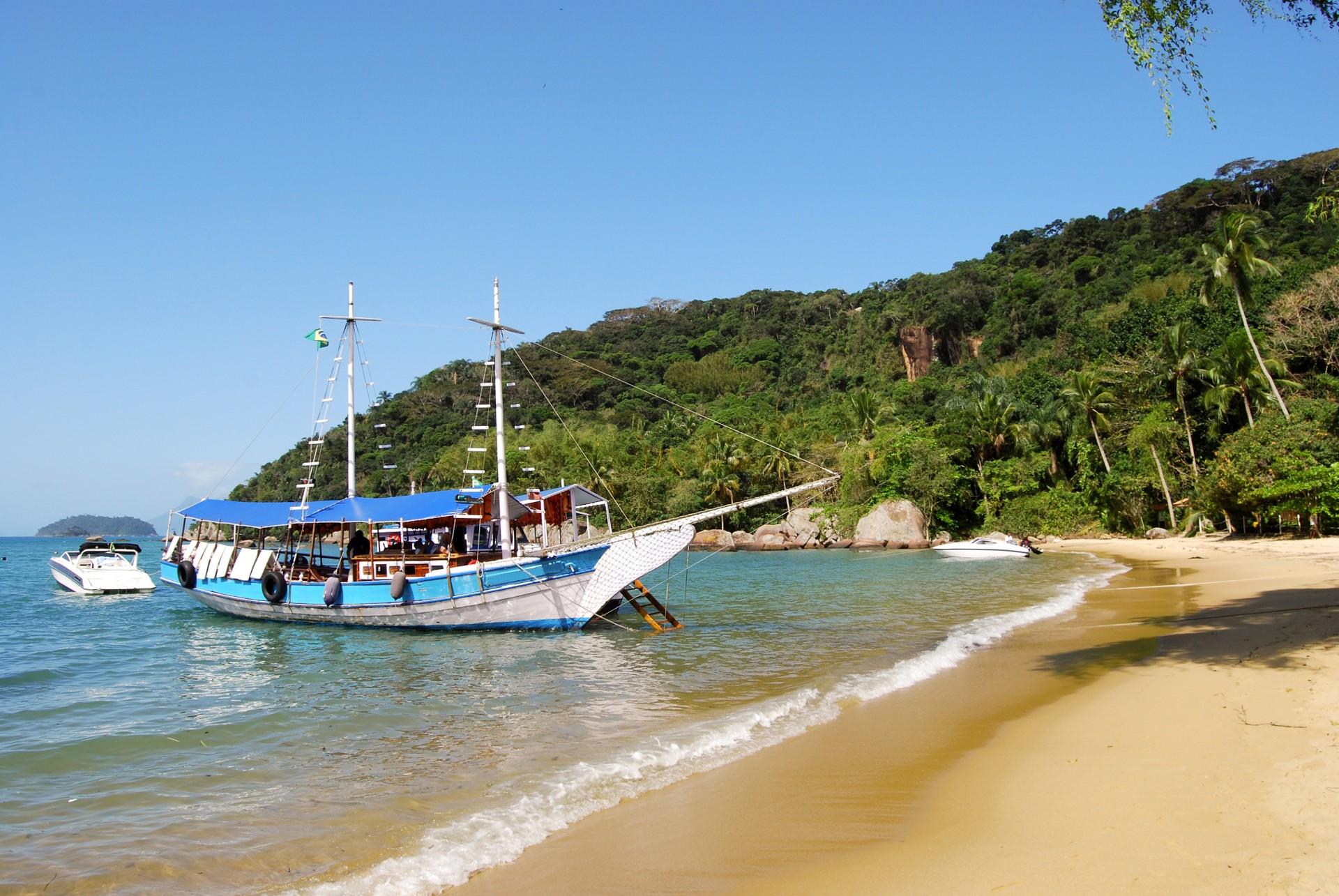 Lopes Mendes on Ilha Grande