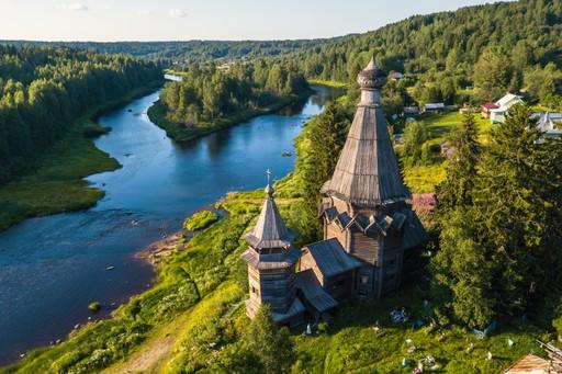 Church St Nicholas Karelia Vazhinka river Russia