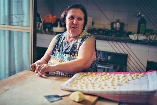 Italy holidays: local lady makes gnocchi