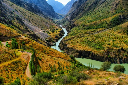 A river running through Uzbekistan
