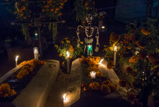 Mexico holidays: Grave decorated for Day of the Dead