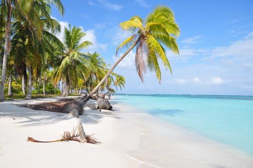 beach on San Blas archipelago