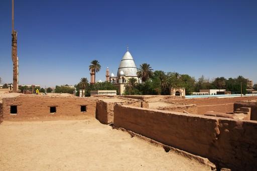 Hamid al Nil tomb
